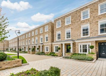 Thumbnail 4 bed property to rent in Palladian Gardens, Chiswick