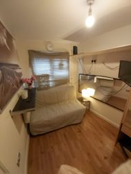 Thumbnail Studio to rent in Beechcroft Avenue, Golders Green