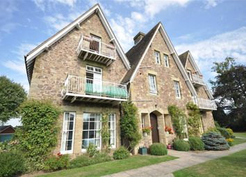 Thumbnail 2 bed flat to rent in Pickersleigh Road, Malvern