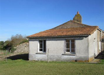 Thumbnail 3 bed detached house for sale in Poitou-Charentes, Deux-Sèvres, Viennay