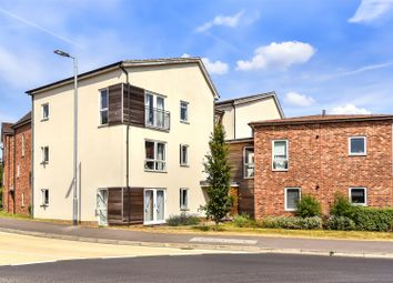 Thumbnail 2 bed flat for sale in Hampden Crescent, Bracknell, Berkshire
