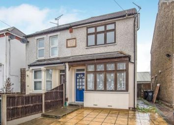 3 bed semi-detached house to rent in Fulwich Road, Dartford DA1