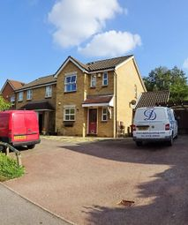 3 bed terraced house to rent in Swallow Close, Chafford Hundred, Grays RM16