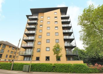 Thumbnail 2 bed flat to rent in Victoria Way, Woking