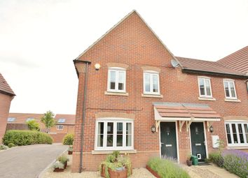Thumbnail 3 bed detached house to rent in Apple Down, Didcot