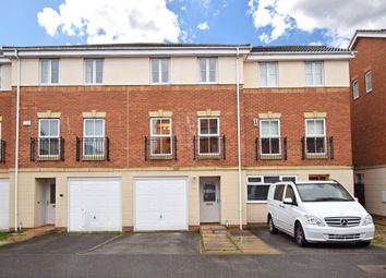 Thumbnail 3 bed town house for sale in Brackendale Road, Thornes, Wakefield