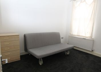 Thumbnail 1 bedroom flat to rent in Hoe Street, Walthamstow
