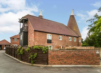 Darcy Court, East Malling, West Malling ME19. 2 bed flat