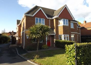 Thumbnail 1 bed maisonette for sale in 10 Whitley Wood Road, Reading, Berkshire