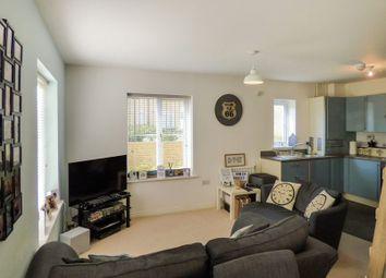 2 bed flat for sale in Waratah Drive, Chislehurst BR7