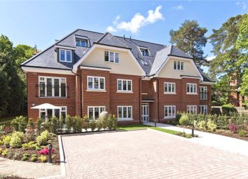 Thumbnail 2 bedroom flat for sale in Weybridge, Surrey
