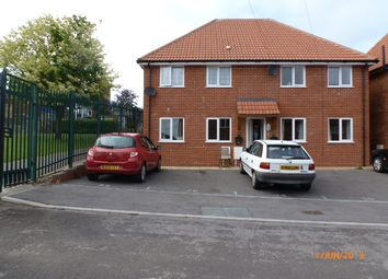 Thumbnail 2 bed flat to rent in Westfield Avenue, Yeovil