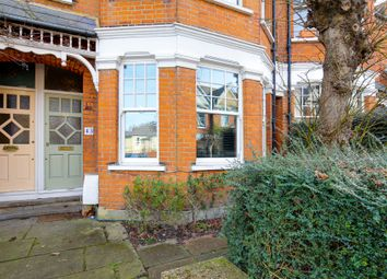 2 bed maisonette for sale in Sedgemere Avenue, London N2
