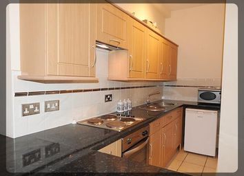 Thumbnail 1 bed flat to rent in Victoria Chambers, Bowlalley Lane, Hull