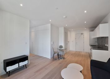 1 bed property to rent in Shipwright Street, London E16