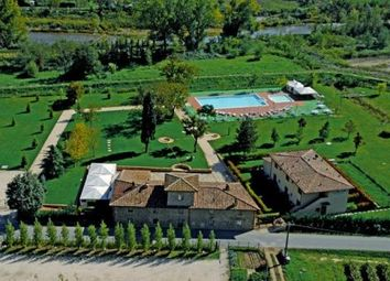 Thumbnail 26 bed farmhouse for sale in Florence, Tuscany, 50121, Italy