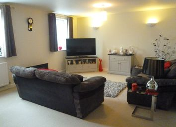 Thumbnail 1 bed flat to rent in Beaconsfield Road, Waterlooville