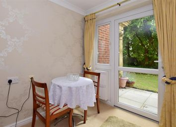 Thumbnail 1 bedroom flat for sale in Hadlow Road, Tonbridge, Kent