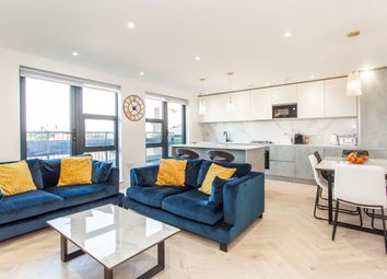 Alfred Street, London E3. 2 bed flat for sale