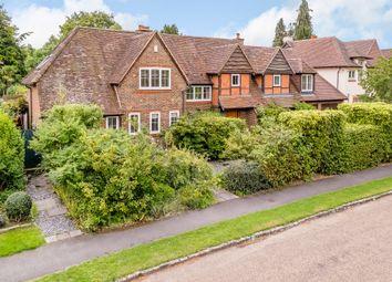 Thumbnail 5 bed detached house for sale in Oatlands Close, Weybridge