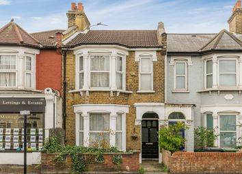 2 bed maisonette for sale in Forest Road, London E17
