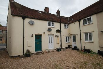 Thumbnail 2 bed flat to rent in Vicarage Mews, Warminster