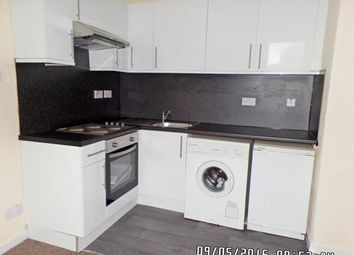Thumbnail 1 bed flat to rent in City Road, West End, Dundee