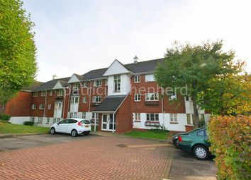 Thumbnail 2 bed flat to rent in Autumn Drive, Belmont, Sutton