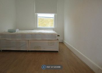 Thumbnail Room to rent in Downsfield Rd, London