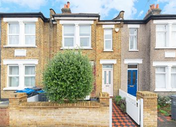 Thumbnail 3 bed detached house to rent in Vernon Avenue, London