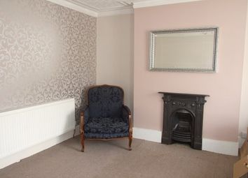 Thumbnail 1 bed flat to rent in Old Southend Road, Southend-On-Sea