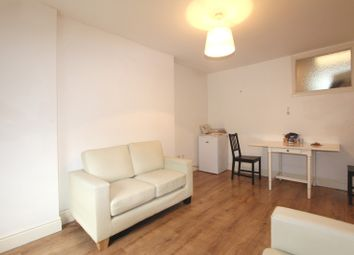 Thumbnail 1 bed flat to rent in Pomeroy Street, London