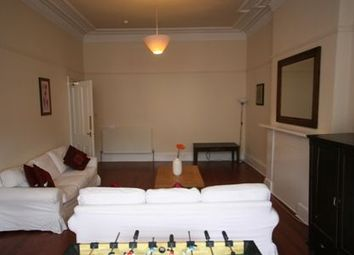 Thumbnail 4 bedroom flat to rent in Kersland Street, Hillhead