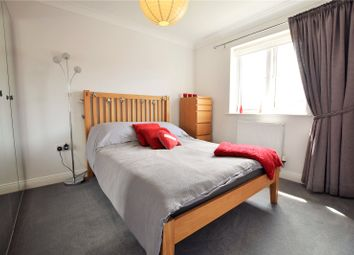 Thumbnail Room to rent in Eagle Way, Bracknell, Berkshire
