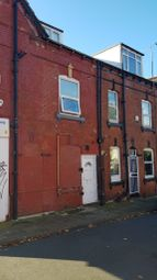 6 bed shared accommodation to rent in Harold Street, Hyde Park, Leeds LS6