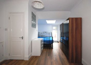 Room to rent in Stewart Road, London E15