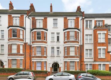 2 bed flat for sale in Holmleigh Road, London N16