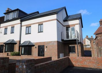 Thumbnail 2 bed flat for sale in Gordon Road, High Wycombe