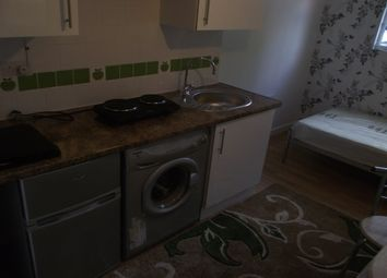 Thumbnail 1 bed property to rent in Uppingham Gardens, Nottingham