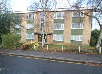 Thumbnail 2 bed flat to rent in Somerset Road, New Barnet, Barnet