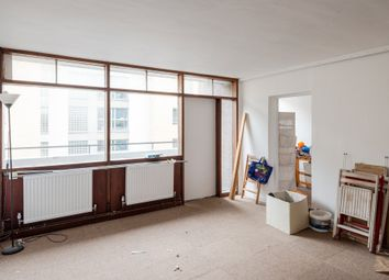 Thumbnail 3 bed flat for sale in Golden Lane Estate, London