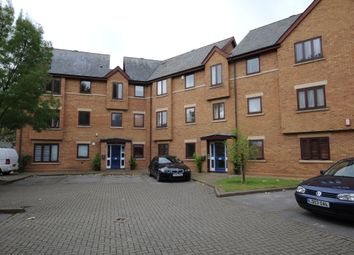 Thumbnail 3 bed flat to rent in Frewin Court, Oxford