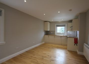 Thumbnail Studio to rent in High Road, Wood Green, London