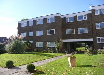 Thumbnail 2 bed flat to rent in Northcotts, Hatfield