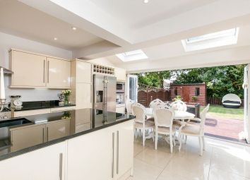 Verdayne Gardens, Warlingham CR6. 4 bed semi-detached house