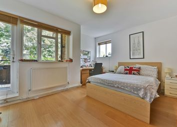 Thumbnail 3 bed flat to rent in County Street, London