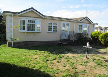 Thumbnail 2 bed mobile/park home for sale in The Blossoms, Orchard Park (Ref 6040), Chieveley, Newbury, Berkshire
