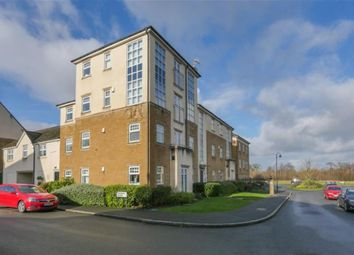 2 bed flat to rent in Kingsdale Drive, Menston LS29