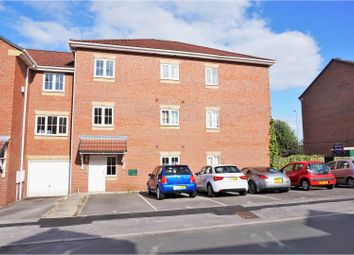 Thumbnail 2 bedroom flat for sale in Kensington Way, Leeds