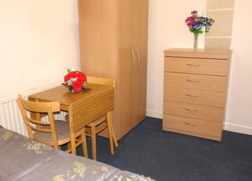 Thumbnail Property to rent in Stroud Green Road, London